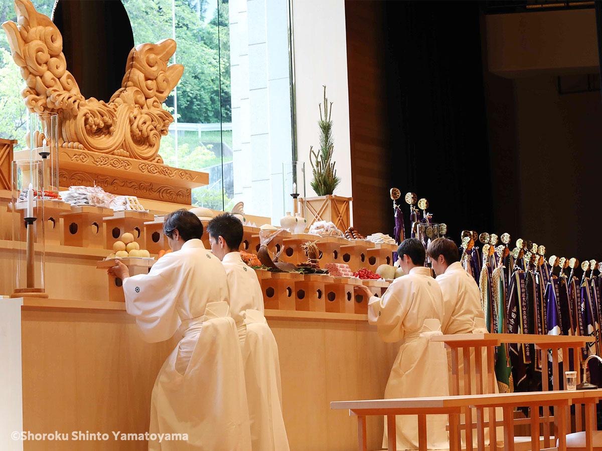 松緑神道大和山 しょうろくしんとうやまとやま 立教100年祭
